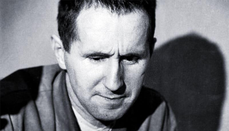 Bertolt Brecht: Cinco dificultades para escribir la verdad