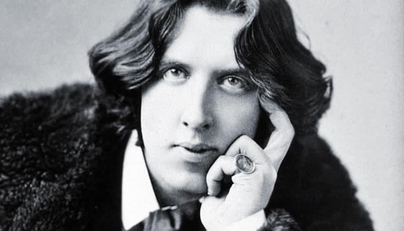 Oscar Wilde: El fantasma de Canterville. Narración hilo-idealista