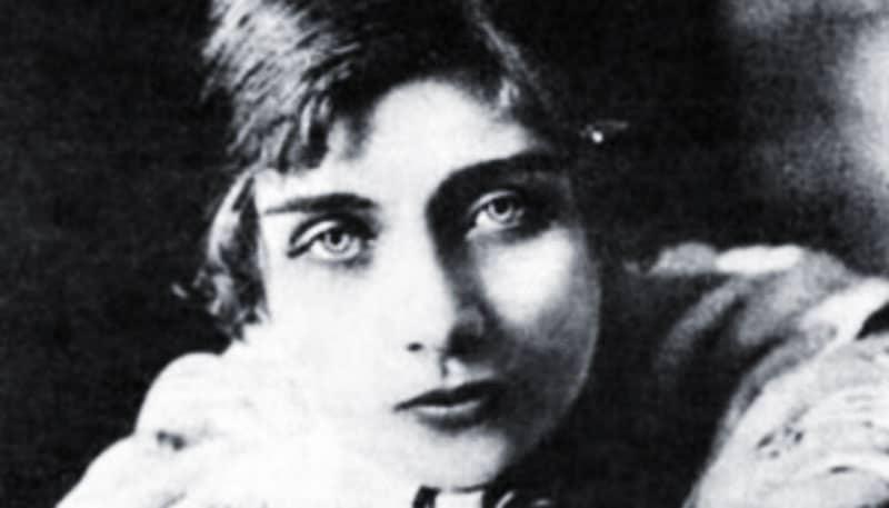 Teresa Wilms Montt: Caperucita Roja